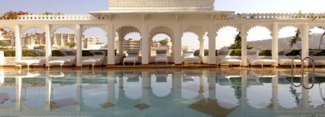 هتل کاخ دریاچه در هند